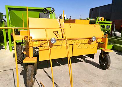 Four Wheel Compost Turner for Sale in FPC Fertilizer Equipment Manufacturer